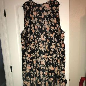 BB Dakota Long Floral Vest, 3x